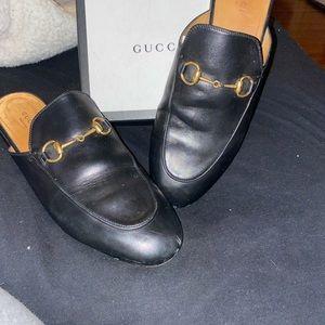 Gucci Princetown shoe
